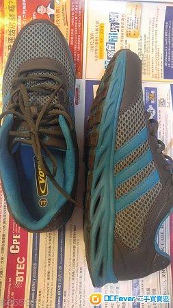 Sports/Running Shoes 舒適實用 運動鞋/波鞋 一對