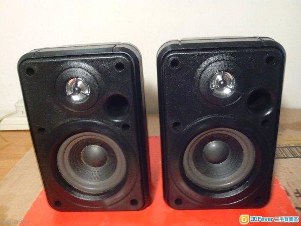 金山JBL五吋(纸盤单元)钛高音二路多用途喇叭。