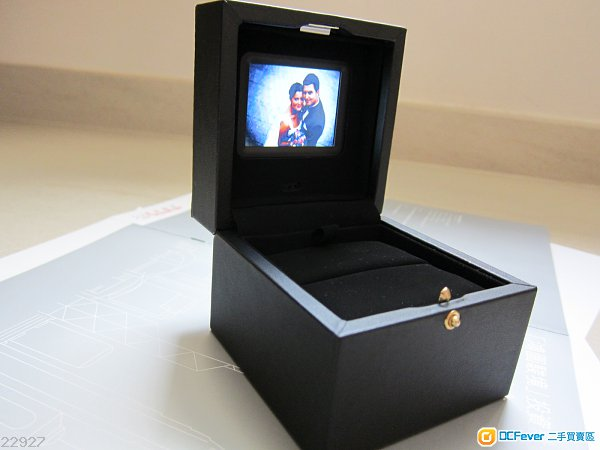 播片播相播音樂 完全由你自己掌控 LCD Proposal Engagement Wedding Ring Jewellery Box