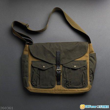 Filson messenger bag 99%new made in usa