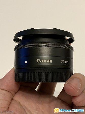 Canon EOS M3 set w/22mm prime lens