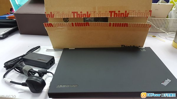 (接近全新,手快有)lenovo Thinkpad t430 14寸商務機 i5 1600超高清大mon