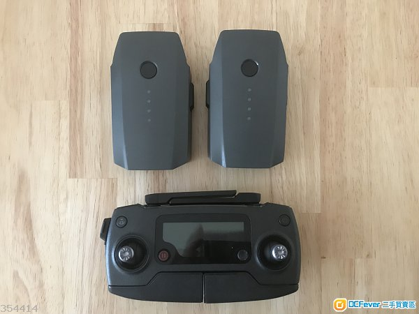 DJI Mavic Pro 配件 (遙控器x1,電池x2,AC / CAR charger x1及配件s)