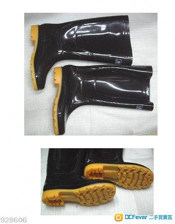 全新水鞋一對, size 39 號