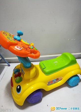 Vtech兒童玩具車( 買大送細)