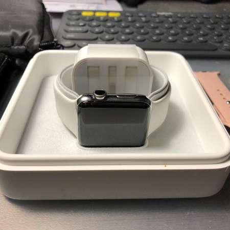 98% 新 Apple watch Series 2 stainless steel 不銹鋼 (不是 aluminum)