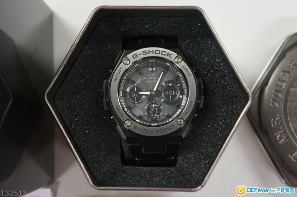 Casio G-Shock GST-S110BD-1BDR G-Steel (非Seiko, Citizen)