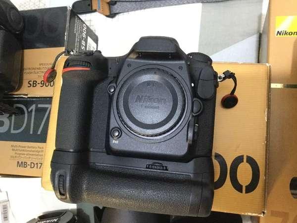 Nikon MB-D17 for D500