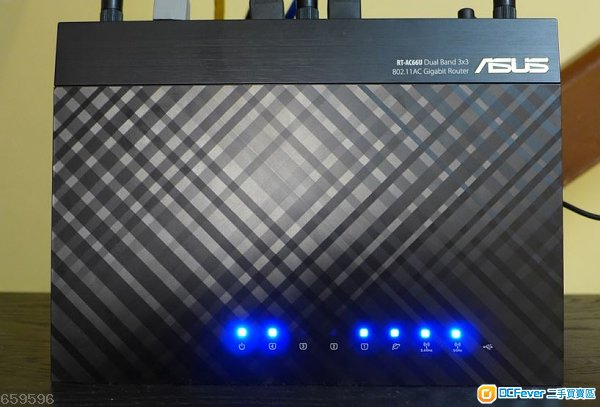 95% new ASUS RT-AC66U Dual-Band Wireless~~~~~~~~~~~~~~~~