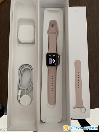 Apple iWatch S3 38mm (Gold)(錶帶全新)99%新