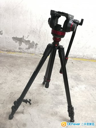 Manfrotto 755XB with 502HD video head