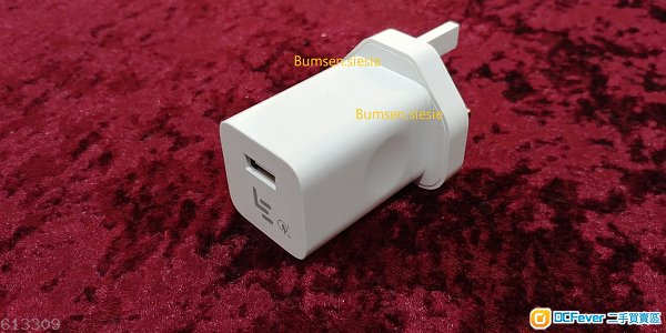 95%新 原裝 LETV 樂視 快速充電器/火牛 Fast Charger AC adapter EQ24-BUK (40元 金鐘站交收)