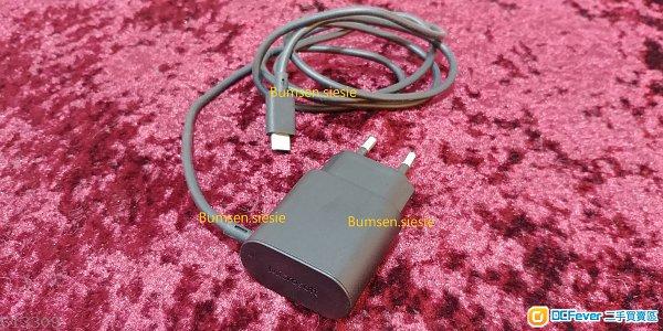 約95%新 原裝微軟 兩腳 手機充電器/火牛 Fast Charger AC adapter 適合歐洲地區使用 (38元 金鐘站交收)