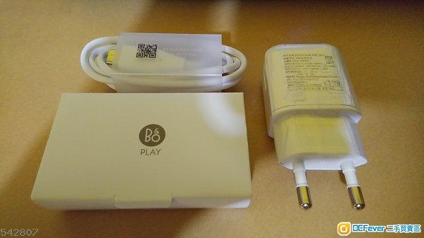 LG V30+ 全新韓版跟機配件 絶無議價空間