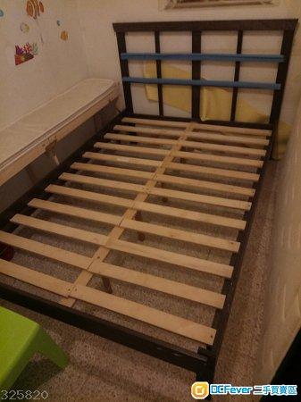 Ikea Tarva 雙人床架