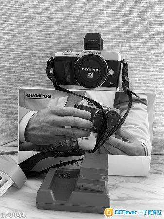 Olympus pen Ep5 + viewfinder