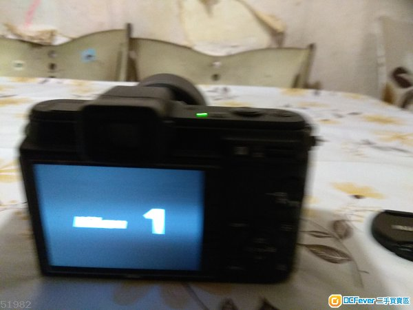 Nikon V1 + 10-30/ 2支 30-110 (注意内文)