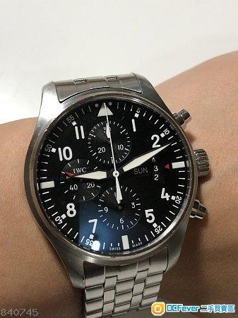 IWC 萬國iw377704 飛行員,2013年錶,購自日本。43mm黑面,星期日暦計時,行走功能正常,兩條帶
