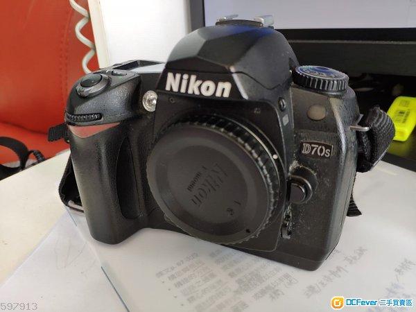 賣壞Nikon D70s  機身 body