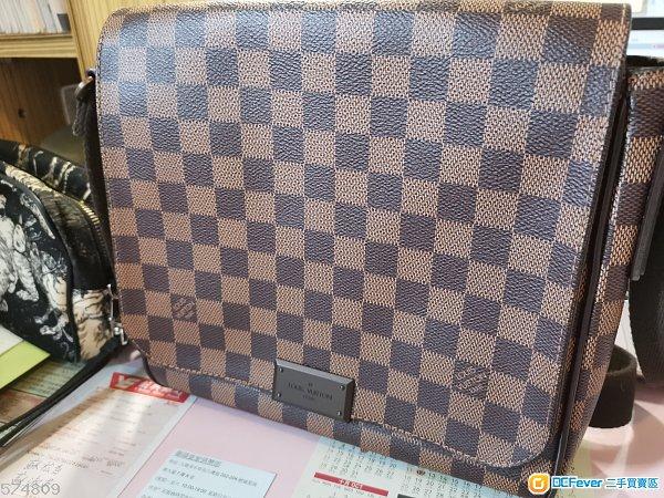 出售LV斜孭袋一個9成新