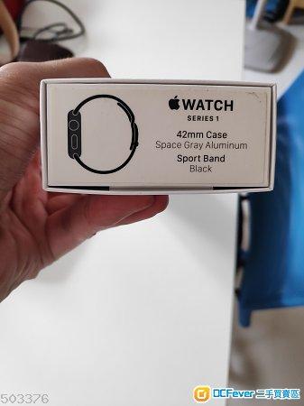 80%新 港行Apple Watch series 1 黑色 42mm 有單過保