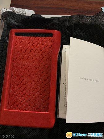 90%新Dignis 紅色皮套 for Sony WM1A or WM1Z