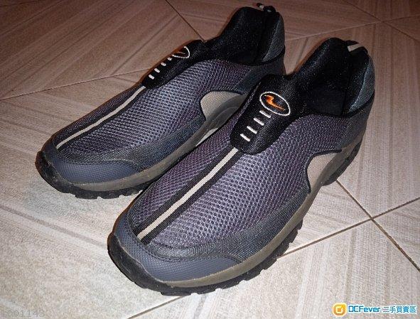 全新 Kamachi Sport Sneaker