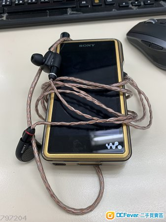 Sony WM1Z連M9缐