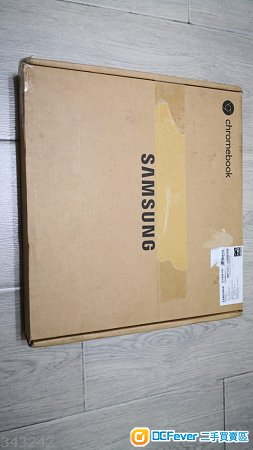 出售全新Samsung Chromebook plus V2(M3-7y30/4GB/64GB